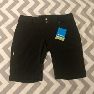Columbia Size 8 Women's Saturday Trail Long Short